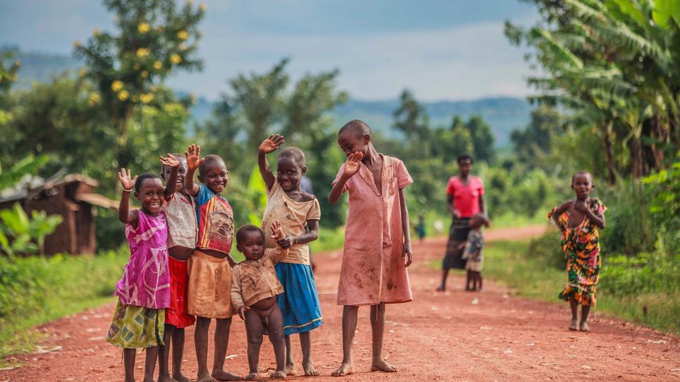 Мы поехали в Уганду помогать детям, которые пострадали от армии террористов